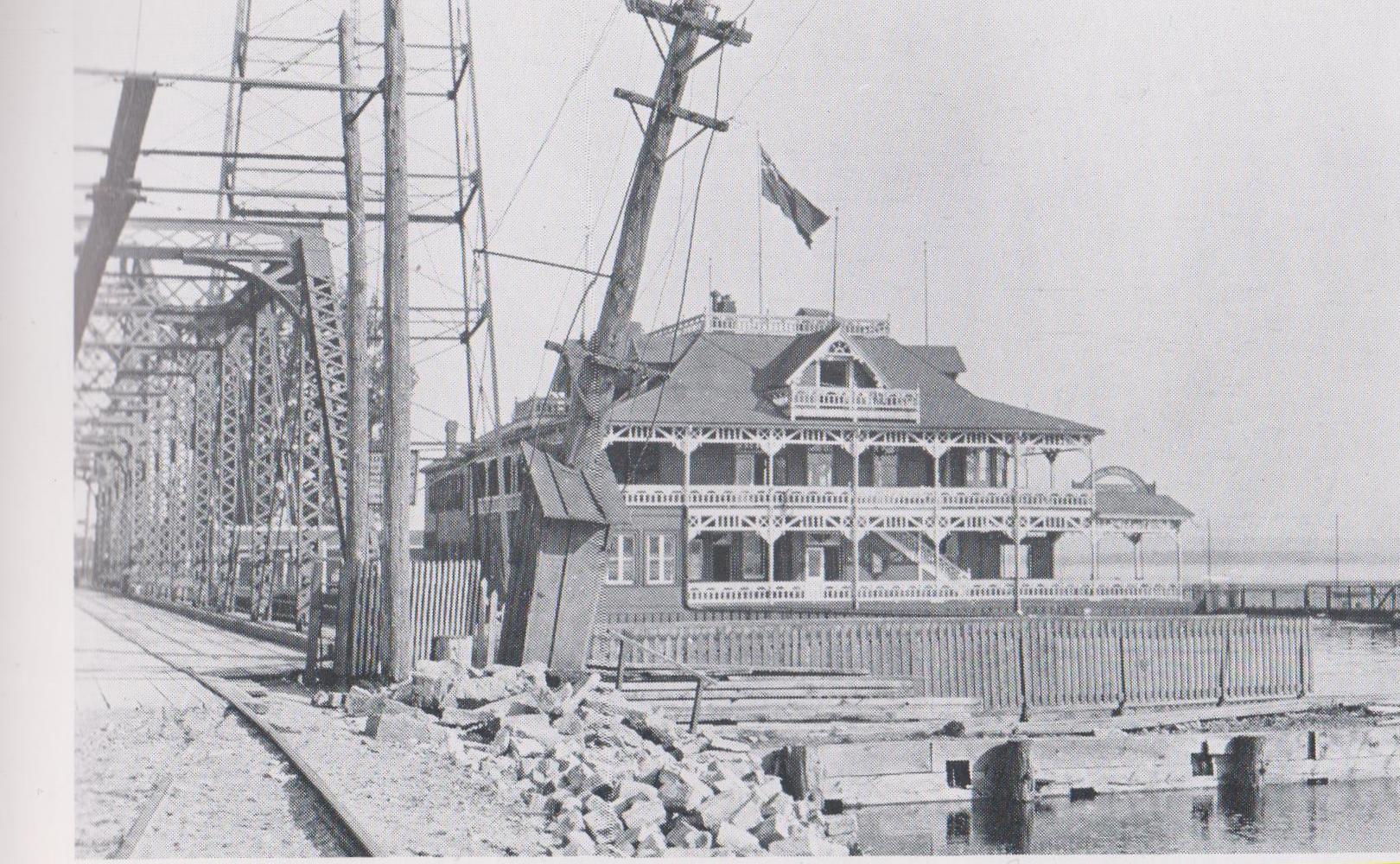 yacht club-1891-1915.jpg